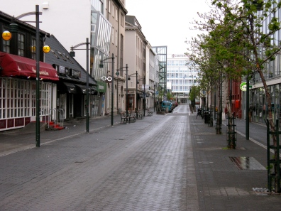 Desmond Bagley Running Blind - Austurstræti, Reykjavík © The Bagley Brief